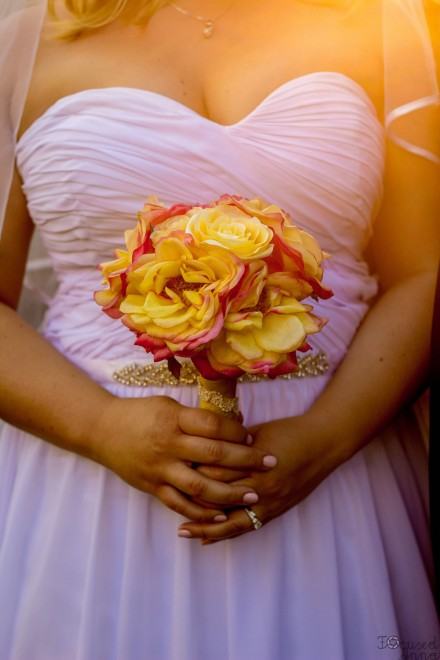 Bride bouquet, Wedding Photography, wedding ideas, creative photos. Los Angeles wedding photographers.